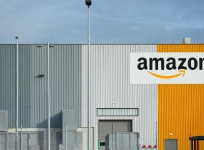 美国仓库工人投票加入工会 亚马逊做出激烈反击